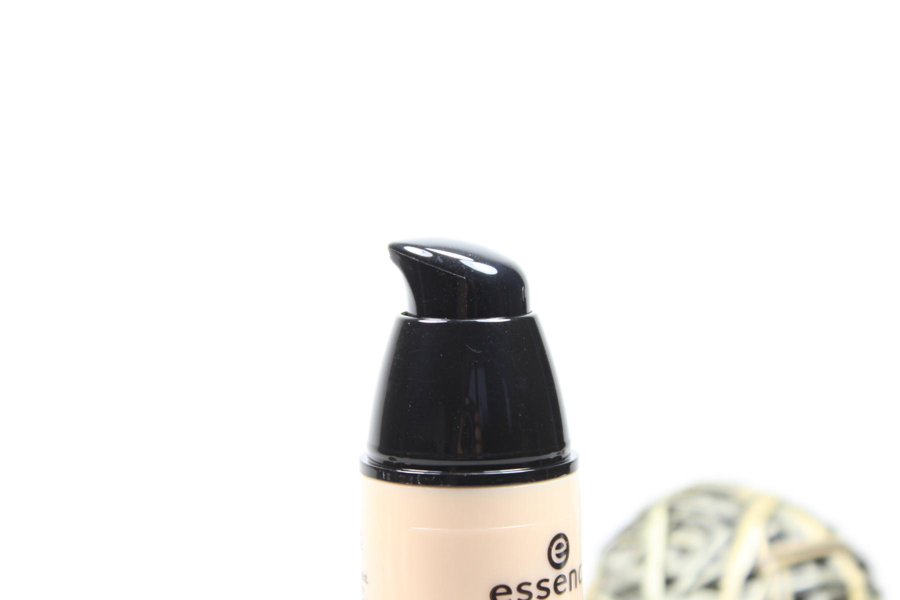 "essence Pure NUDE Make-up ""10 Pure Beige"" (Pumpspender)"